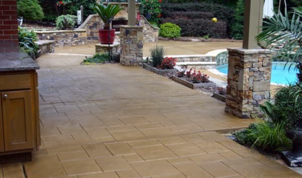 professional concrete pool deck contractor