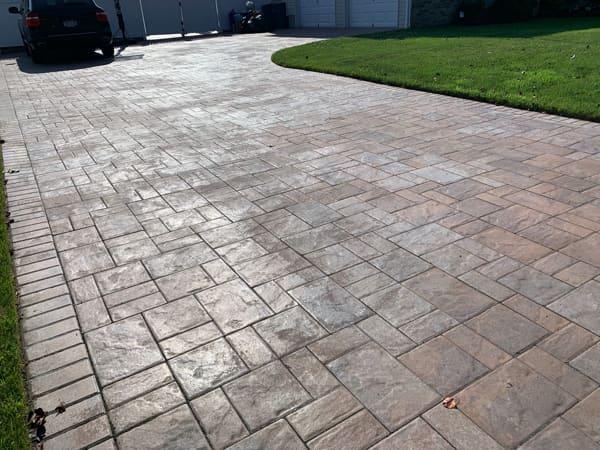 textured concrete driveway denver